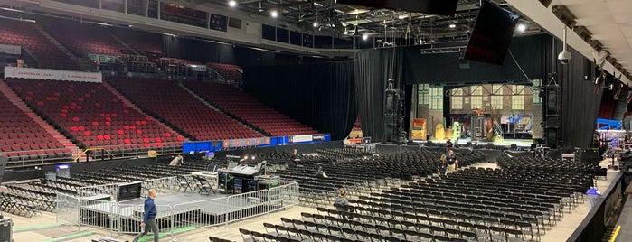 TD Place Arena is one of Orte, die Jay gefallen.