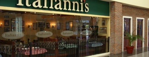 Italianni's is one of Especialidad: Comida Italiana.