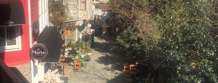 Cafe Saklıköy is one of Istanbul.