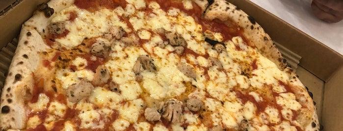 Pizzaratti Alrabi is one of Locais salvos de Queen.