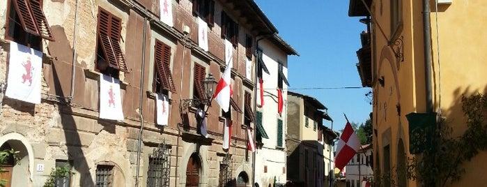 Montopoli Centro is one of Posti che sono piaciuti a Alessandro.
