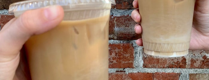 Tea Traders Café by Joffrey's is one of Disney Springs.