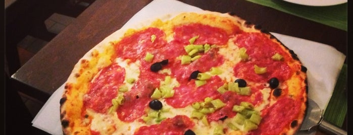 Solo Pizza is one of Gespeicherte Orte von N..