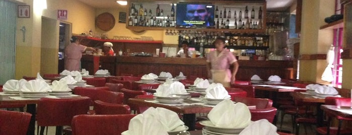 Restaurante Rosalia is one of Orte, die Karim gefallen.