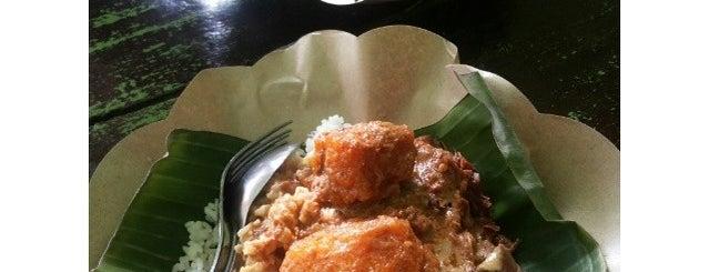 Bali Gudeg is one of Breakfast spots around Denpasar.