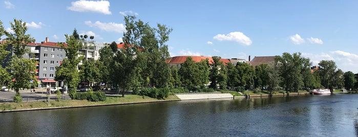 Charlottenburg-Wilmersdorf is one of Orte, die Cody gefallen.