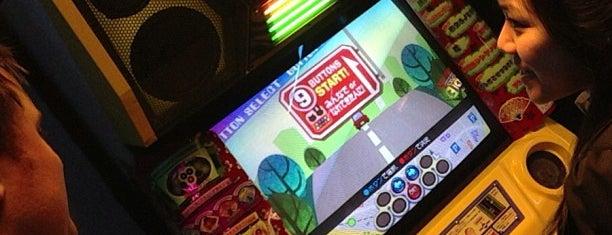 Arcade Street is one of Les lieux geek de Paris.