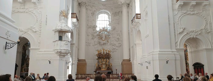 Kollegienkirche is one of Tempat yang Disukai Vangelis.