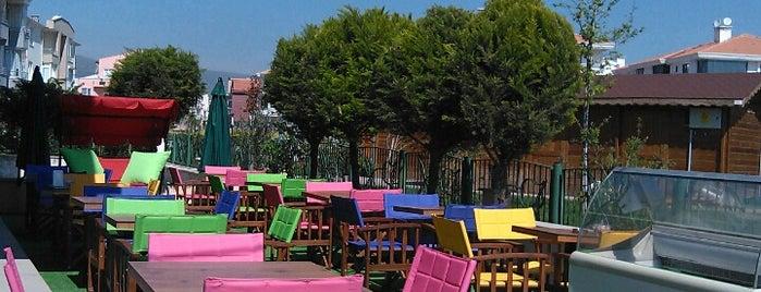 Ön Cadde Cafe & Bistro is one of Nilgün 님이 좋아한 장소.