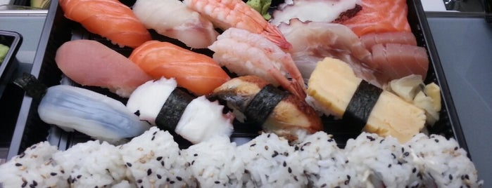 Dod's Sushi is one of Anastasiaさんのお気に入りスポット.