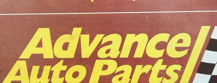 Advance Auto Parts is one of Chris 님이 좋아한 장소.