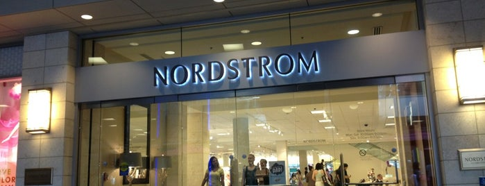 Nordstrom is one of Orte, die Philip gefallen.