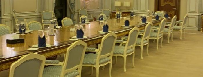 فندق انتركونتنتال is one of Locais curtidos por Anoud.