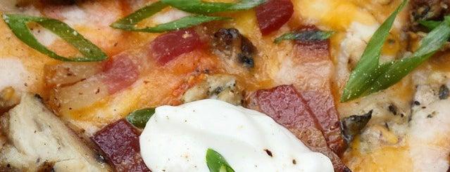 Pulehu Pizza is one of Allison : понравившиеся места.
