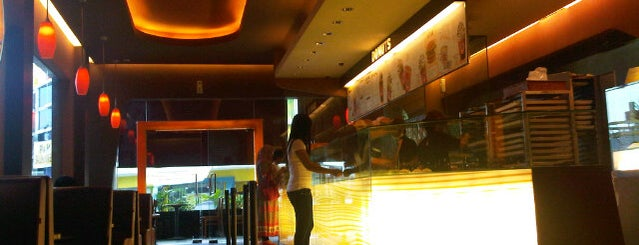 J.Co Donuts & Coffee is one of Tempat yang Disukai Uda Aank.