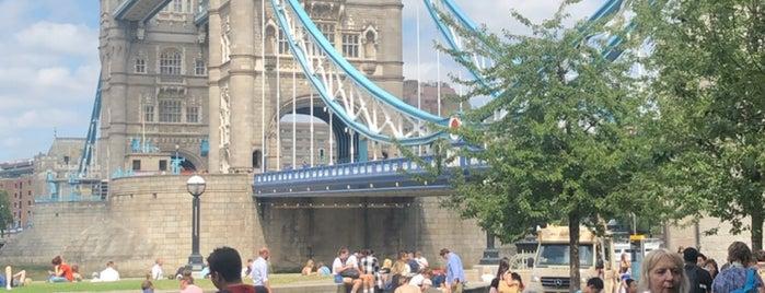 The Ivy Tower Bridge is one of Lieux qui ont plu à Daniel.