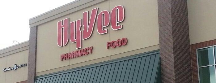 Hy-Vee is one of Tempat yang Disukai Stephen.