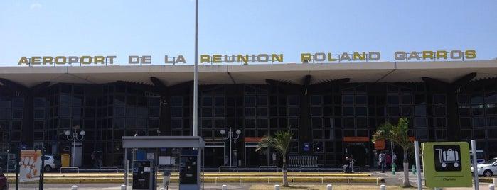 Aéroport Roland Garros de la Réunion (RUN) is one of Airports I've been to.
