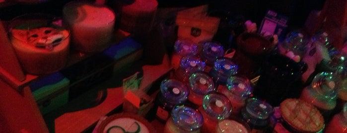 Bungalow 31 Bar & Grill is one of Posti che sono piaciuti a DJ Cellz Supreme.