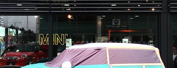 Spire BMW is one of Tempat yang Disukai Sergey.