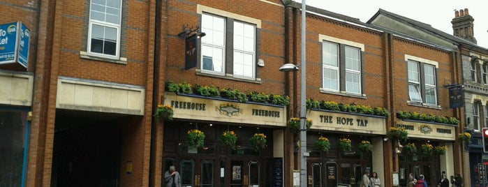 The Hope Tap (Wetherspoon) is one of Carl : понравившиеся места.