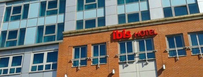 Ibis Reading Centre is one of Posti che sono piaciuti a Richard.