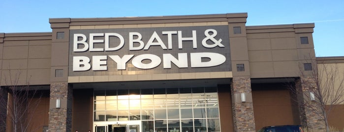 Bed Bath & Beyond is one of Locais salvos de Mohammed.