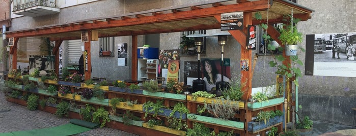 Civico Undici - Social Food is one of Orte, die Acqua gefallen.