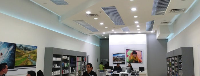 iShop is one of INSURGENTES.