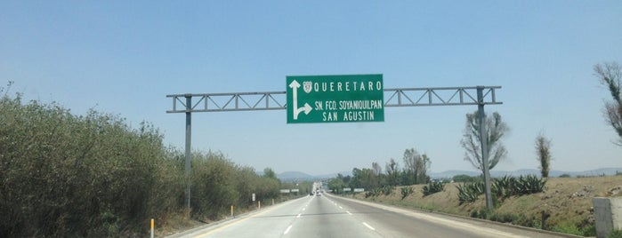 Autopista Arco Norte Caseta México Queretaro is one of Lugares favoritos de Maria.