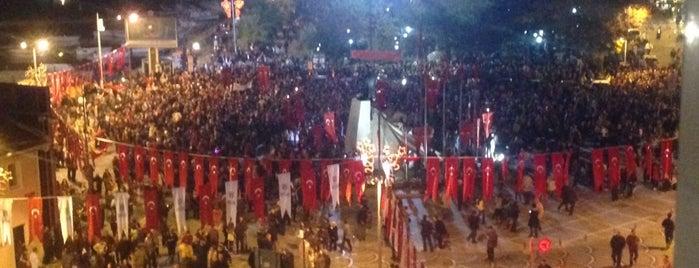 Atatürk Meydanı is one of SANDRO.