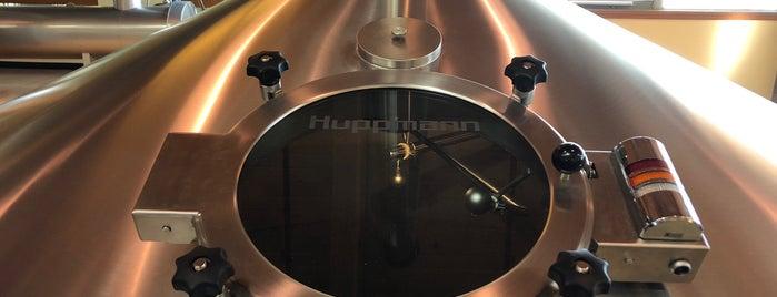 Bell's Brewery is one of Beer / Ratebeer's Top 100 Brewers [2020].