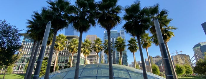 Salesforce Park is one of kerさんのお気に入りスポット.