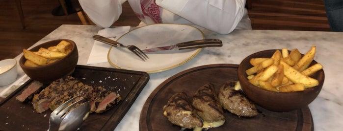 Üskudar Steak House is one of Soly 님이 좋아한 장소.