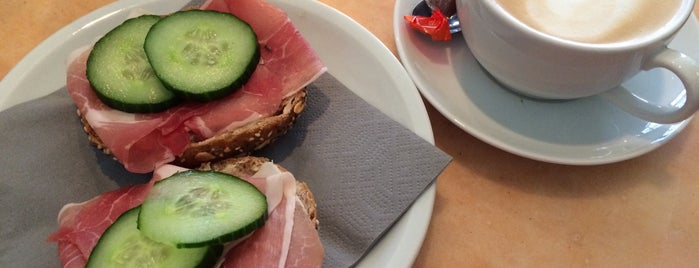 Rick's Café is one of Drink & eat in Münster.