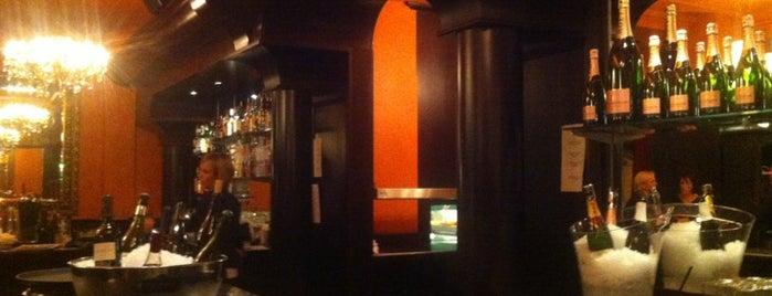 Urania Tapas Bar is one of Lugares favoritos de Hemera.