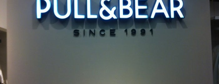 Pull And Bear is one of Posti che sono piaciuti a Sophie.