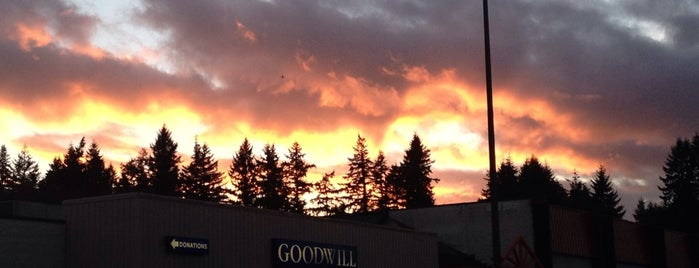 Goodwill Port Orchard is one of Lieux qui ont plu à Ishka.