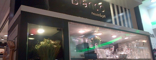 Bianco Montevideo Shopping is one of yae.