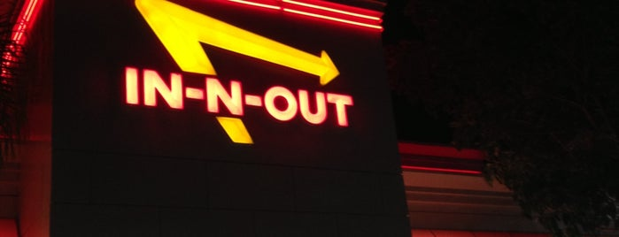 In-N-Out Burger is one of Tempat yang Disukai Jerry.