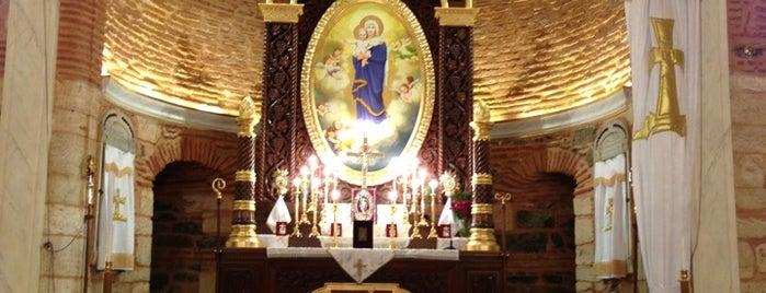 Surp Asdvadzadzin Ermeni Kilisesi is one of Gezelim Görelim Eski İstanbul.