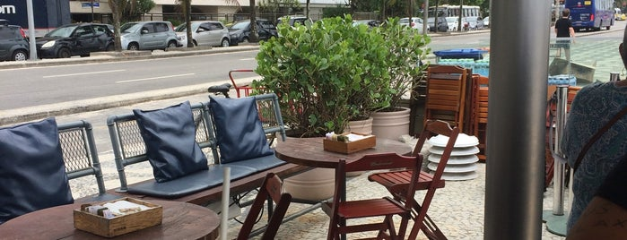 Riba is one of Melhores Restaurantes e Bares do RJ.