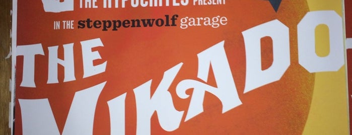 Steppenwolf Garage Theatre is one of Posti che sono piaciuti a Andre.