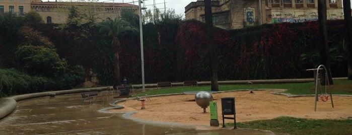 Parc de Joan Reventós is one of Los mejores sitios para hacer deporte en Barcelona.