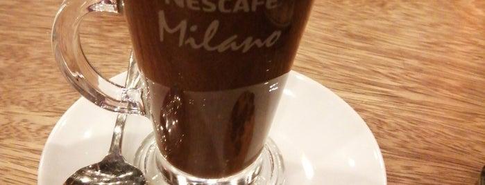 Sosyal Cafe is one of Arda'nın Beğendiği Mekanlar.