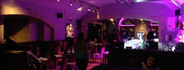 Loca cafe bar is one of Boho bars.