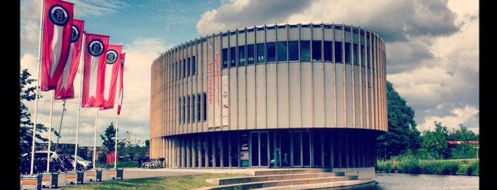 Bijlmer Parktheater is one of IDFA - Festivallocaties & Tips.