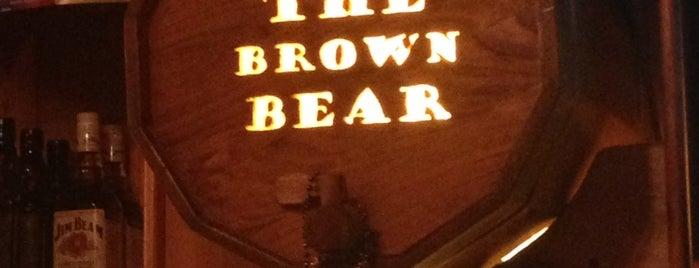 The Brown Bear is one of Locais salvos de Joey.