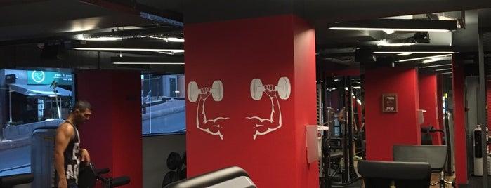 Snap Fitness 7/24 is one of Orte, die Tanya82 gefallen.