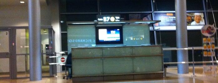 Gate B7 is one of Israel 👮.